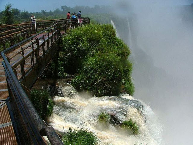 Hogenekal Falls, the Niagara of India